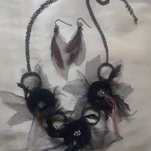 Jewelry - Net and Feather and Rhinstone Set